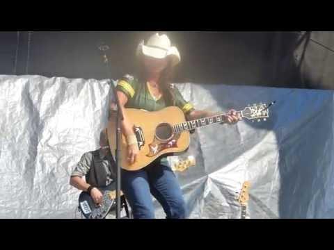 Terri Clark-Live-