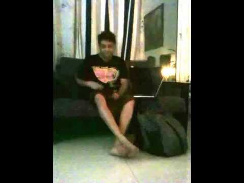 Anoop Shankar singing Vellai Pura Ondru....