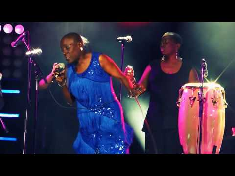 Miss Sharon Jones! R.I.P. & The Dap-Kings SOUL POWER FUNK Montreal Jazz Festival 2016