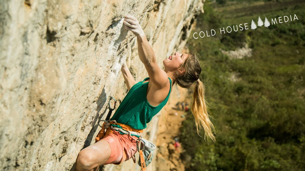 Charlotte Climbs 'China Climb' 8b+ At White Mountain || Cold House Media Vlog 81