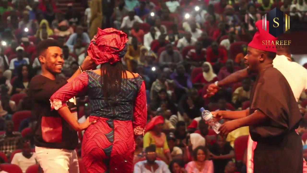 Download Umar M Shareef - Kalli Wasan Wanda Zai Baka Mamaki A Kasan Niger ( Official Music Video )