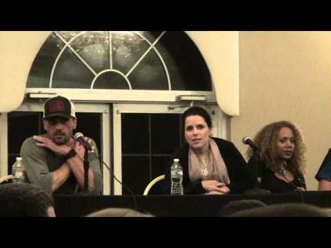 Scream Reunion Panel Monster Mania 31 Nev Campbell, Skeet, Roger Horror Convention