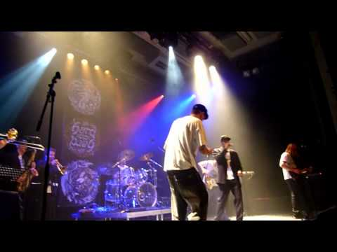 Def P and The Beatbusters - Live - 02-06-2011 - GebouwT Bergen op Zoom NL (DVD p1)
