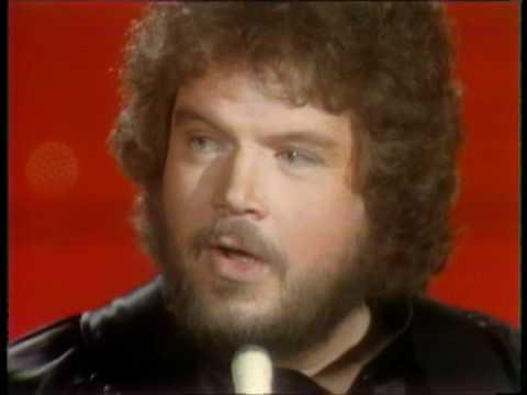 Dick Clark Interviews Randy Bachman - American Bandstand 1978