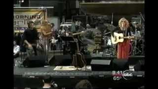 "Carly Simon ""ANTICIPATION"" Live from Bryant Park 2000"