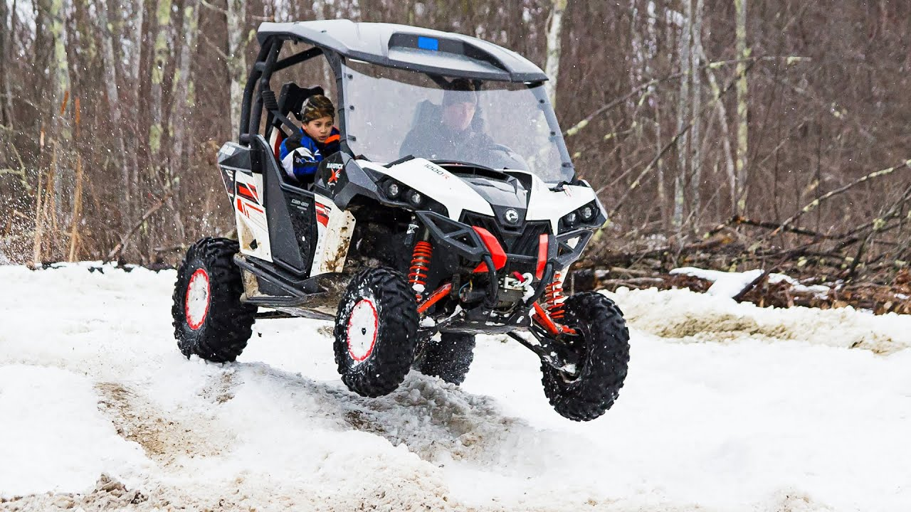 can am maverick xxc 1000 side by side atv in snow youtube. Black Bedroom Furniture Sets. Home Design Ideas