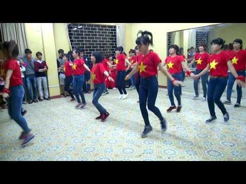 Nhảy Dân Vũ Việt Nam ơi - Rủa tay - Té nước (CDKT1-K8-HICT)