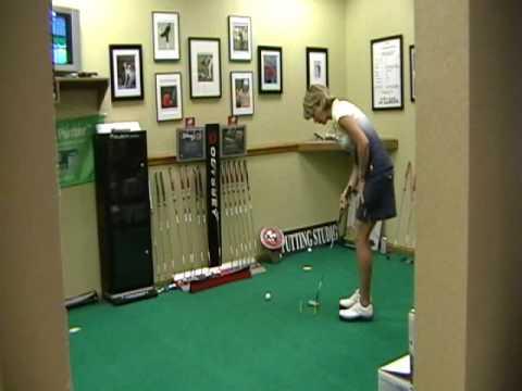 Tiger Woods Putting Drillhttp://www.villagegolfsho...