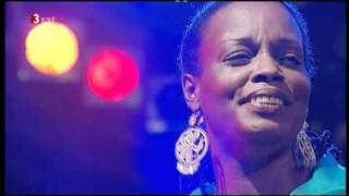 Watch Dianne Reeves Nine video