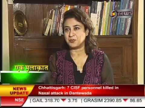 Manoj Tibrewal Aakash interviewed TMC Leader & Film Actress Satabdi Roy for DD News's Ek Mulaqat