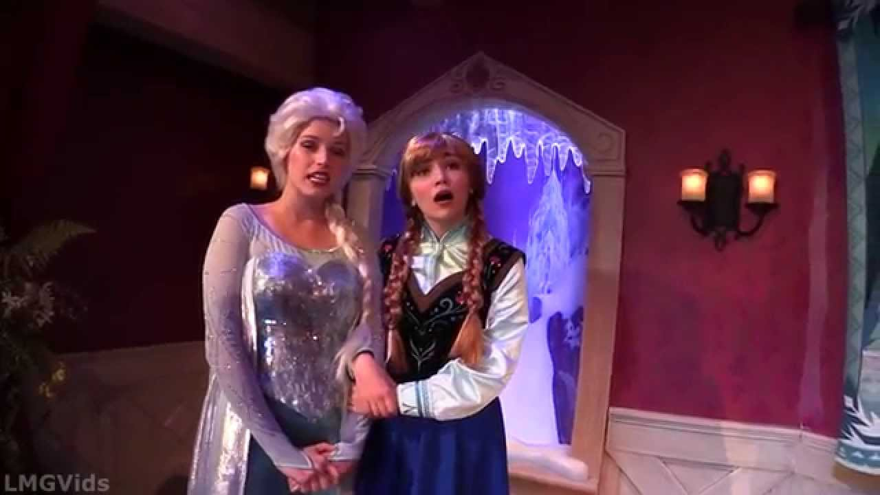 anna and elsa meet greet photos