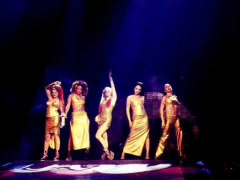 Spice Girls - Move Over (Live In Istanbul)