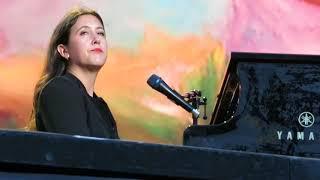 "Vanessa Carlton - ""A Thousand Miles"" - Minnesota State Fair - 08/25/17"