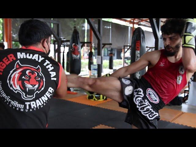 IFMA World Championships Fight Camp: Shihab 🇱🇾 hits pads with Kru Moo