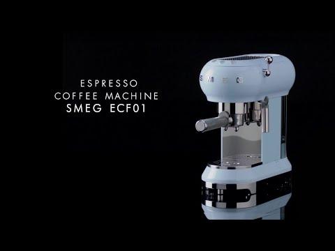 ECF01 - La cafetera expresso de Smeg