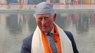 Prince Charles makes 'roti' during India visit