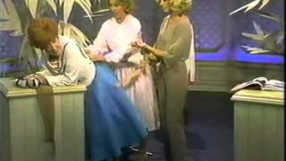 Repeat youtube video Dody Goodman Demonstrates a Girdle for Dinah Shore and Olivia Newton-John