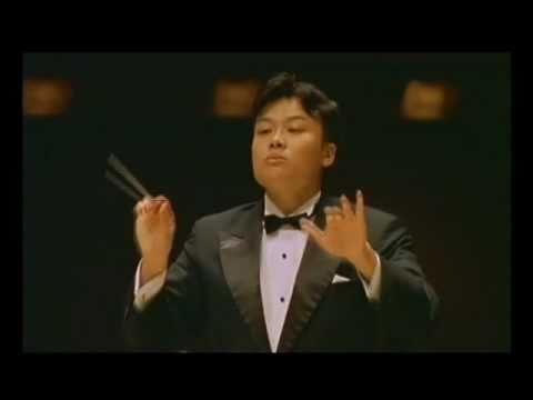 Mendelssohn A Midsummer  Night's  Dream Overture  Bundit Ungrangsee ( conductor view )
