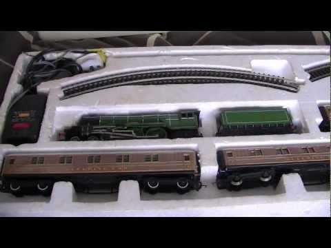 Hornby Flying Scotsman A3 A4 LNER Twin Tender / USA Tour / Millennium Gold Plated Limited Edition