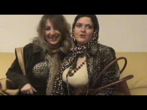 Mercedes et Janine (Cindy et Amanda)