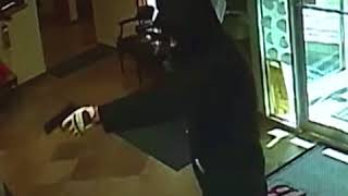 ԱՌԱՆՑ ՄԵԿՆԱԲԱՆՈՒԹՅԱՆ  Փենսիլվանիայում բանկի հաճախորդը կանգնեցրել է զինված գողին