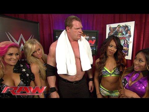 Kane gives Divas a chance: Raw, April 6, 2015