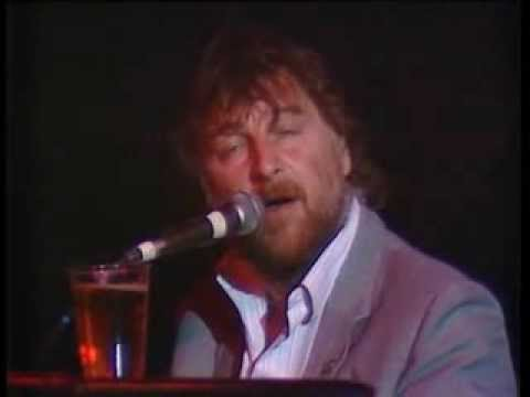 Chas and Dave - I Wonder In Whose Arms... (1986)