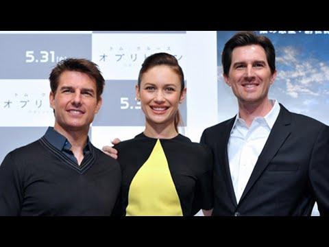 Tom Cruise, Olga Kurylenko/ Oblivion Press Conference at Tokio
