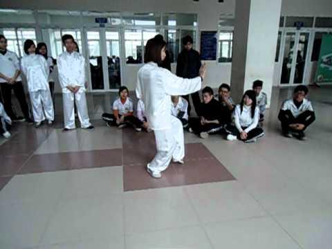 Thái cực quyền 24 thức - Học viện Y Dược học cổ truyền Việt Nam