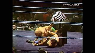 In this classic contest Tiger Mask battles the venerable Jose Estrada - MSG (11/21/82) #wweclassics.