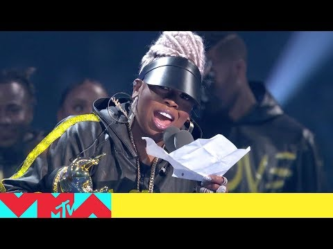Just Jordyn - WATCH: Missy Elliott Accepts the 2019 VMA's Video Vanguard Award