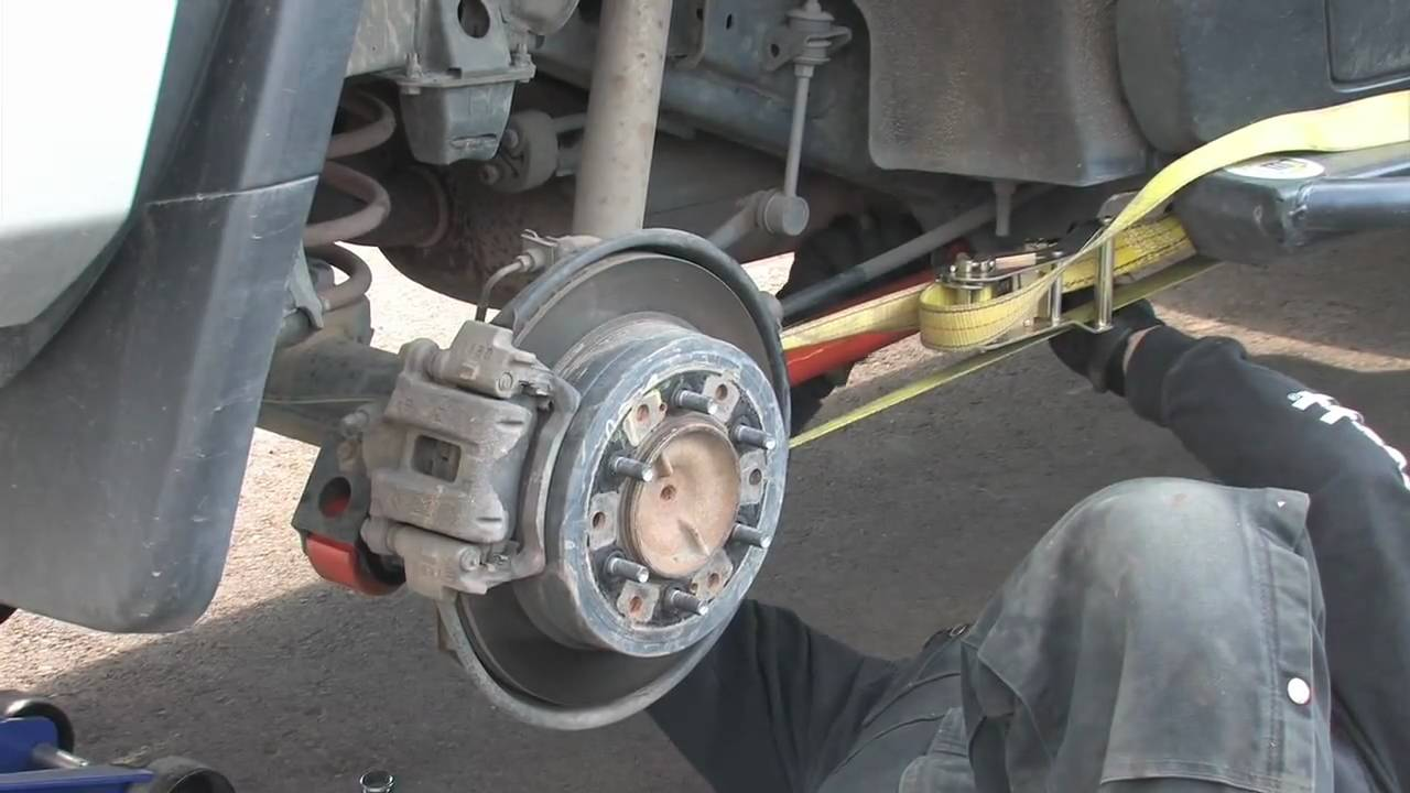 how to change lower control arm toyota kluger