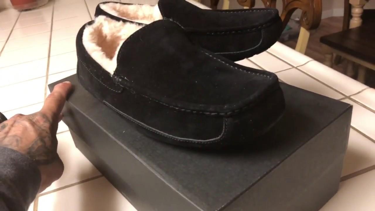 Uggs Ascot men's slippers black - YouTube