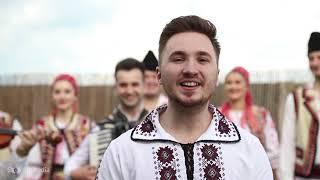 Razvan Mihonesc - Fecili de azi