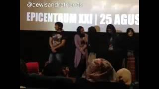 Dewi Sandra Launching Trailer Haji Backpacker 4