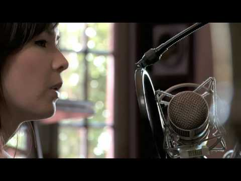 "MARIE DIGBY - ""FEEL"" - LIVE IN STUDIO"