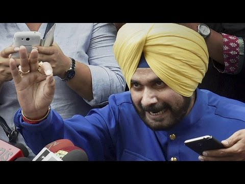 Will Navjot Singh Sidhu join Aam Admi Party?