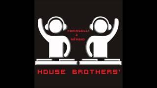 Warp Brothers vs Armin van Buuren ft. Trevor Guthrie - This is Phat Bass (House Brothers' Mashup)