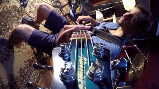 Fibenare Globe Bass with Markbass Little Mark Tube head-Alain Caron, Slam the Clown bass cover