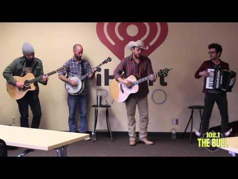Josh Abbott Band Performs Acoustic Version Of Amnesia