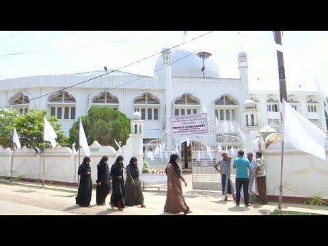 مسلمو سريلانكا يخشون حملات الإنتقام بعد هجمات عيد الفصح الدامية…  - نشر قبل 2 ساعة