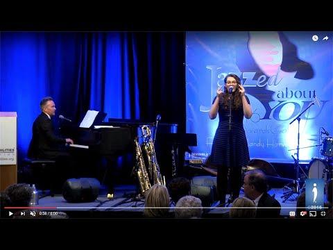 OLLY MURS - Wrapped Up - Live in Australia X Factor 2014 [HD] von YouTube · Dauer:  2 Minuten 52 Sekunden