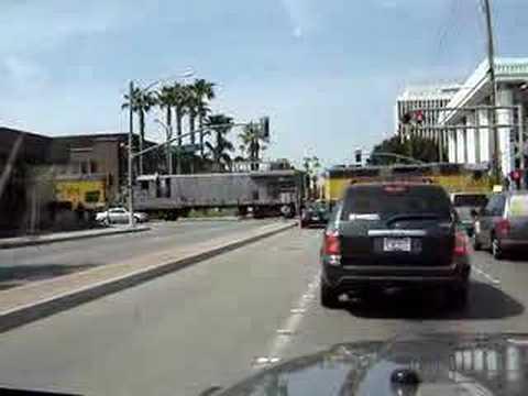 Santa Ana street running