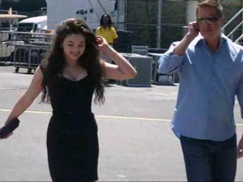 India Eisley Arriving @ TCA 09 - YouTube