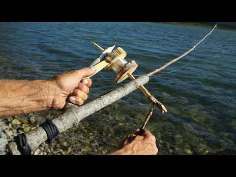 Bushcraft Fishing Rod - Day 14 Of 30 Day Survival Challenge Canadian Rockies