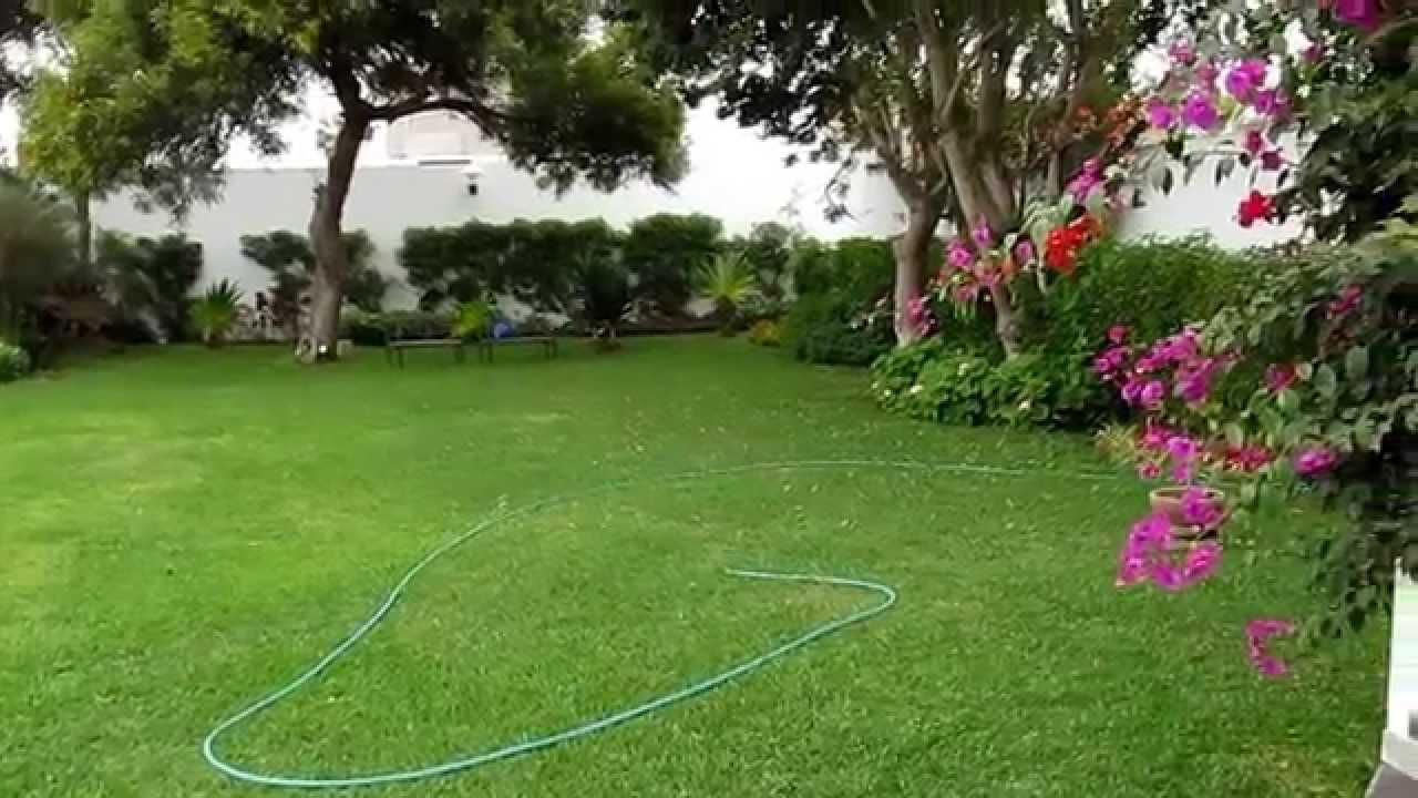 101locales chorrillos jard n para eventos en lima for Aspersores para riego de jardin