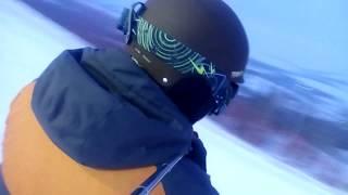 сноуборд покатушки один на горе красивый вид клип просто так
