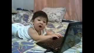 5 month old baby computer genius