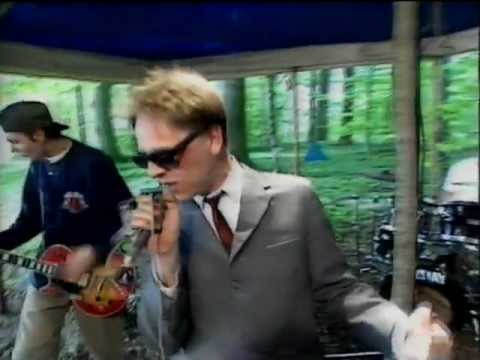 No Fun At All - Don´t Know Nothing & Stranded. From Swedish Television