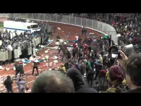 Ярославль 2013 драка фанатов спартака с омоном полная версия 1